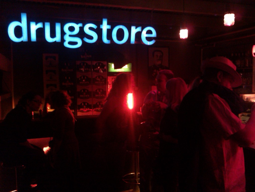 Rosi's Drugstore at the bar