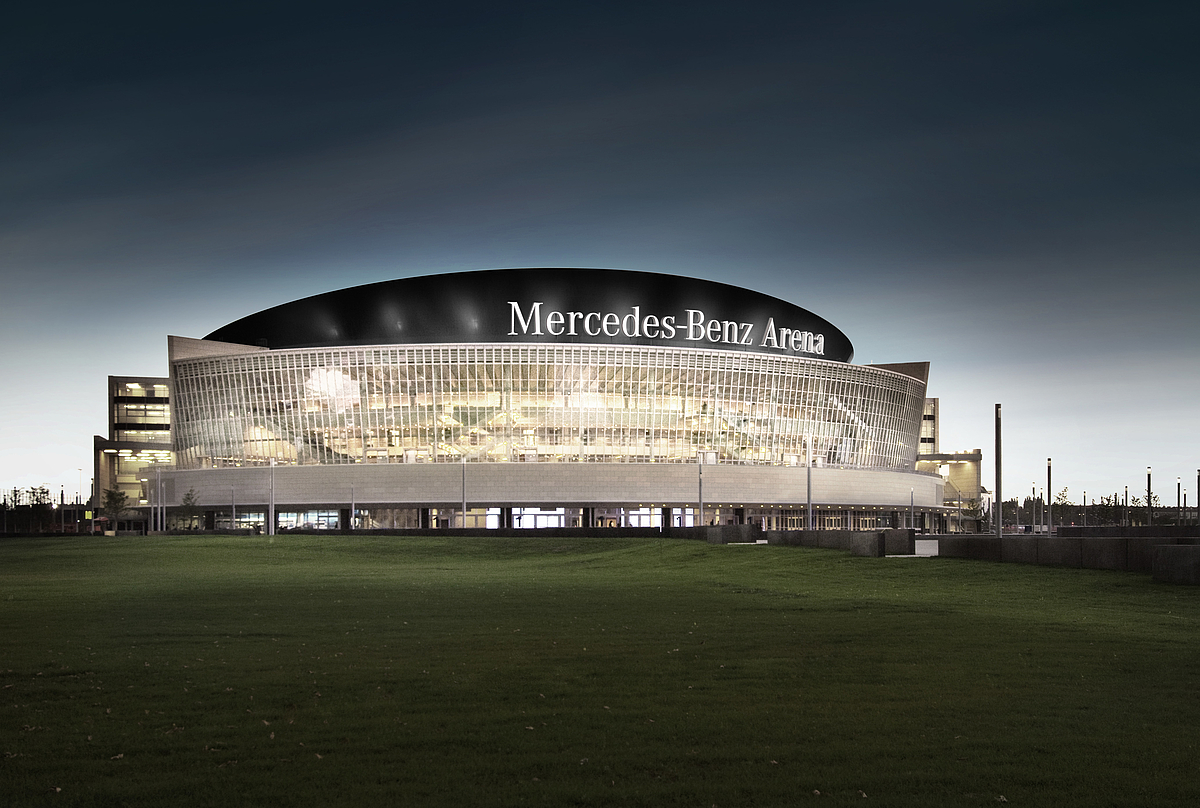 de mercedes benz arena in berlijn. Black Bedroom Furniture Sets. Home Design Ideas