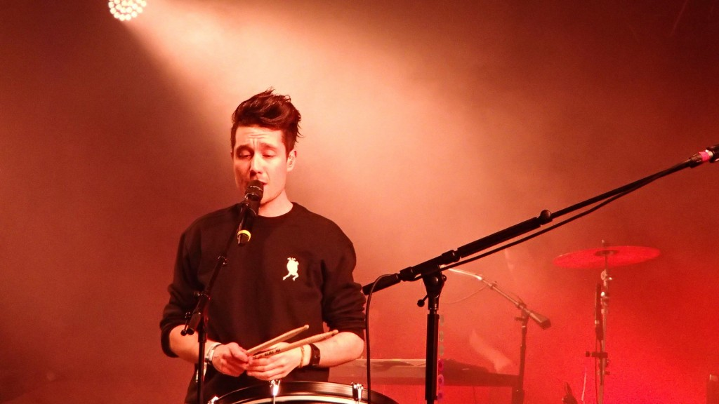 De Lead Singer van Bastille Dan Smith (© Enjoy-Berlin.nl)